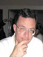 Bernard Plouvier.