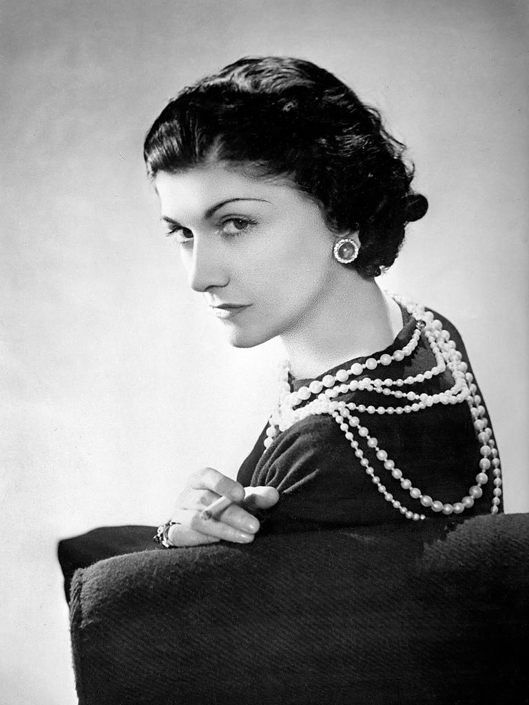 La charmante couturière Gabrielle Chanel, dite Coco.