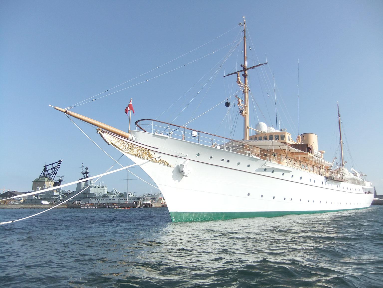 Copenhague : Yacht de leurs majestés L'enfant du pays © Jean-Claude Rolinat