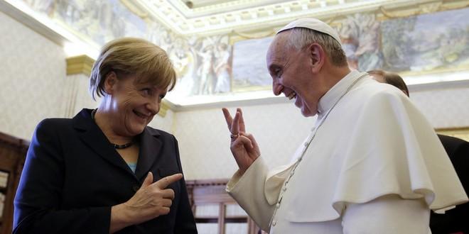 Angela Merkel et le pape Francois.