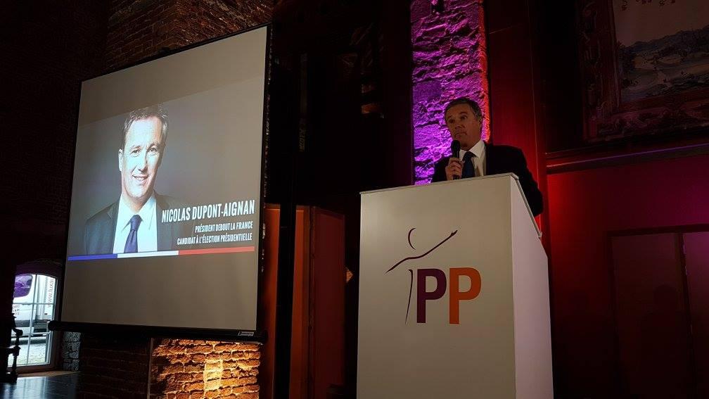 Nicolas Dupont-Aignan a pris la parole ce 27 novembre 2016 lors du congrès du Parti Populaire en Belgique.