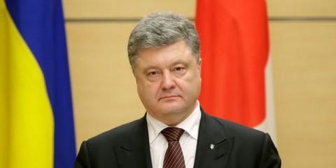 le-president-ukrainien-petro-porochenko-lors-d-une-conference-de-presse-a-tokyo-le-6-avril-2016