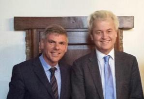 Filip Dewinter et le président du PVV Geert Wilders.