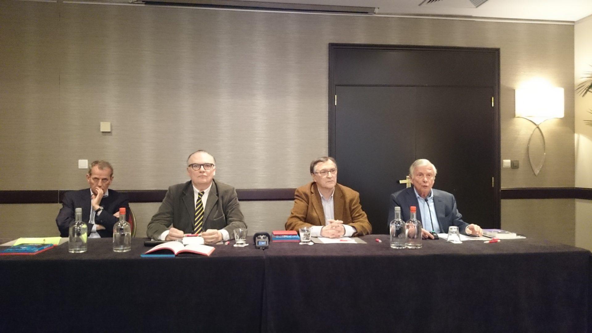Éric Branca et Michel Marmin lors d'une conférence donnée au Cercle Pol Vandromme à Bruxelles.