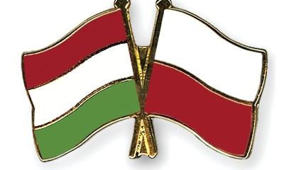 Pins Hongrie Pologne
