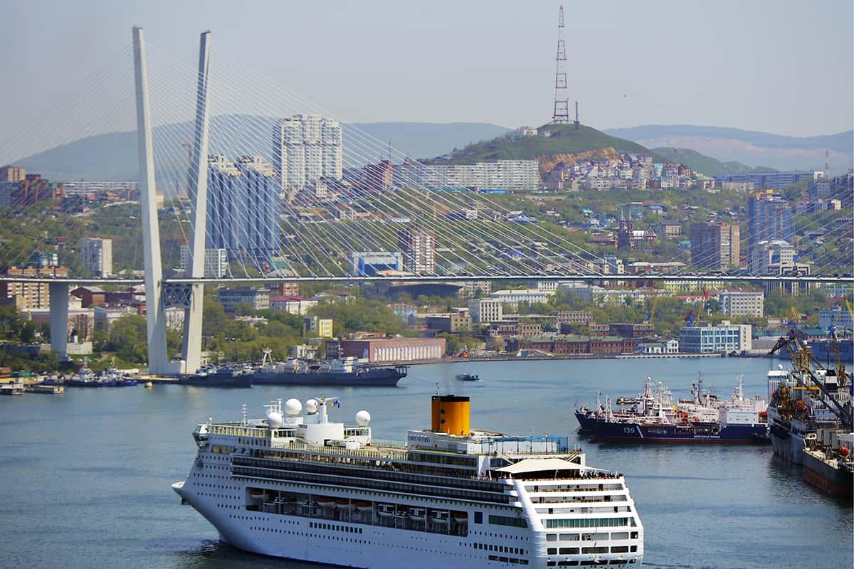 Port russe de Vladivostok.