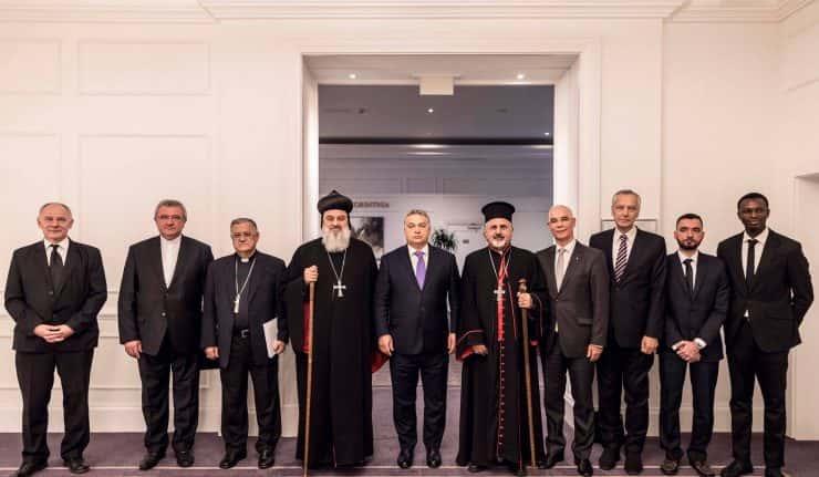 La Hongrie organise la première conférence gouvernementale d'aide aux Chrétiens persécutés.
