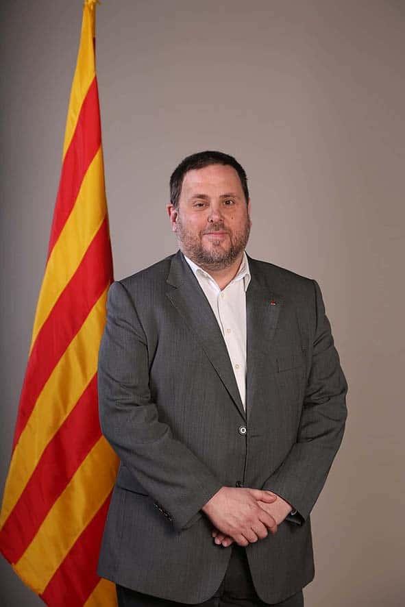 Oriol Junqueras est  membre de la Gauche républicaine de Catalogne (ERC).