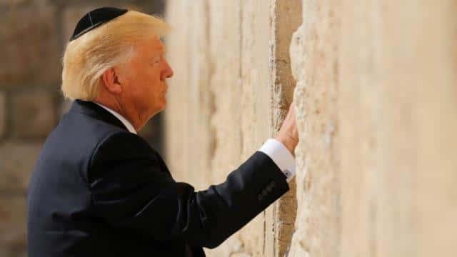 Donald Trump a tenu sa promesse électorale de reconnaître Jérusalem comme capitale d'Israël.