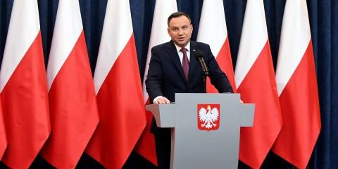 """Pologne : """"Les sanctions de la Commission européenne sont juste un avertissement""""."""