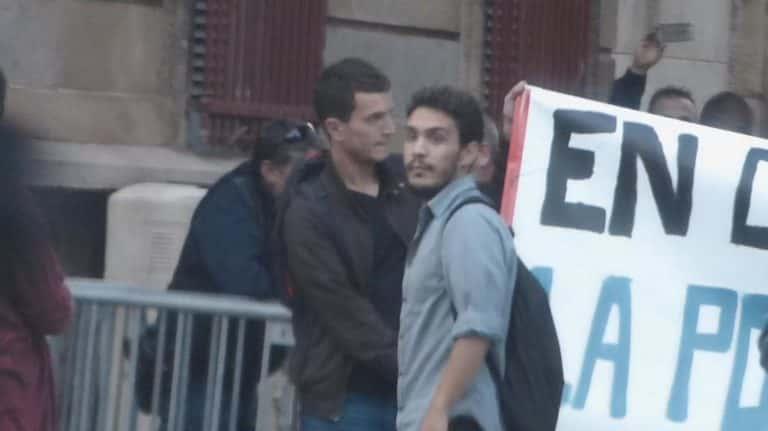 Jules Panetier lors d'une manifestation devant le consulat d'Espagne à Montpellier (Crédit : Lengadoc Info).