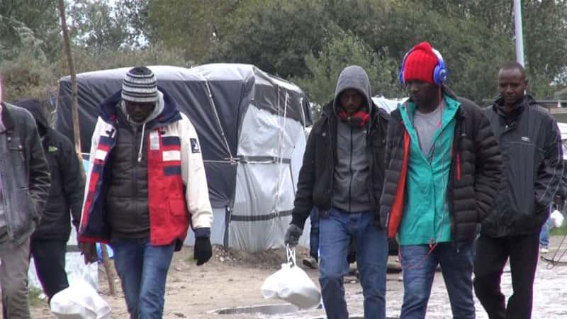 Migrants à Calais, 2015 – Crédit : Voice of America.