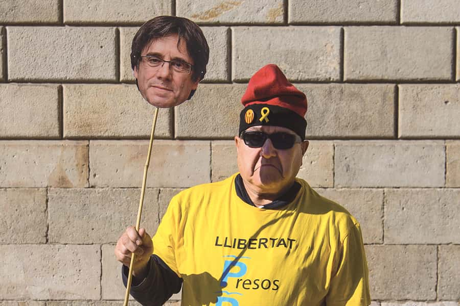 Catalogne Carles Puigdemont
