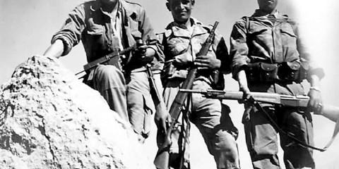 Harkis fidèles en 1960.