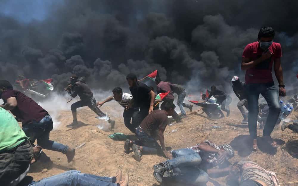 Le massacre de civils palestiniens par Israël.