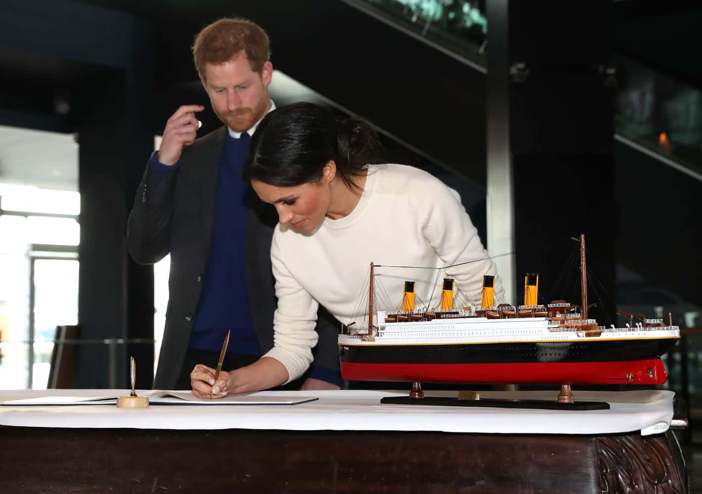 Le Prince Harry et Meghan Markle visitent le Titanic à Belfast.