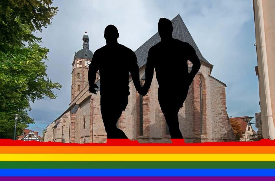 Avec la loi du 17 mai 2013 sur le mariage pour tous, la France est devenue le 9e pays européen et le 14e pays au monde à autoriser le mariage homosexuel.