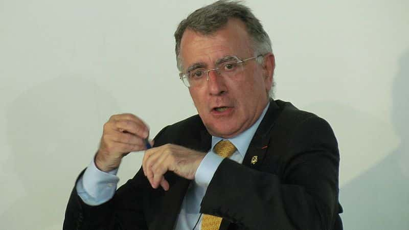 Nicolas Chapuis.