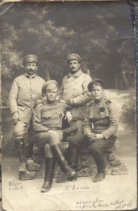 Soldats Russes et Cours de guerre 1914-18.