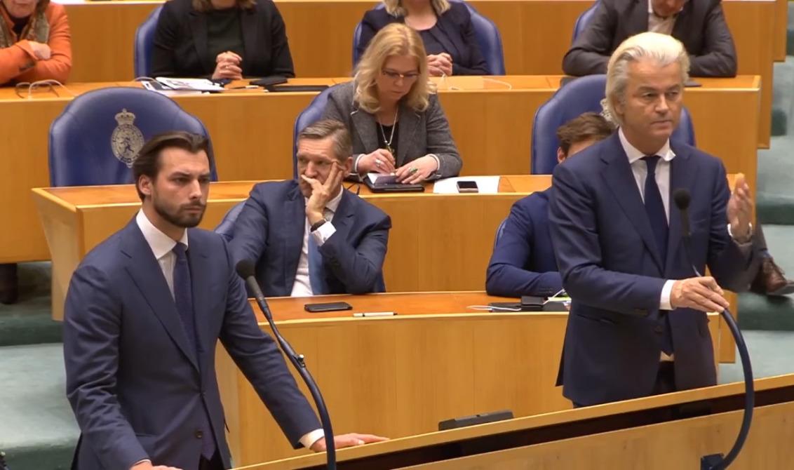Les députés Thierry Baudet (Forum voor Democratie) et Geert Wilders (PVV).