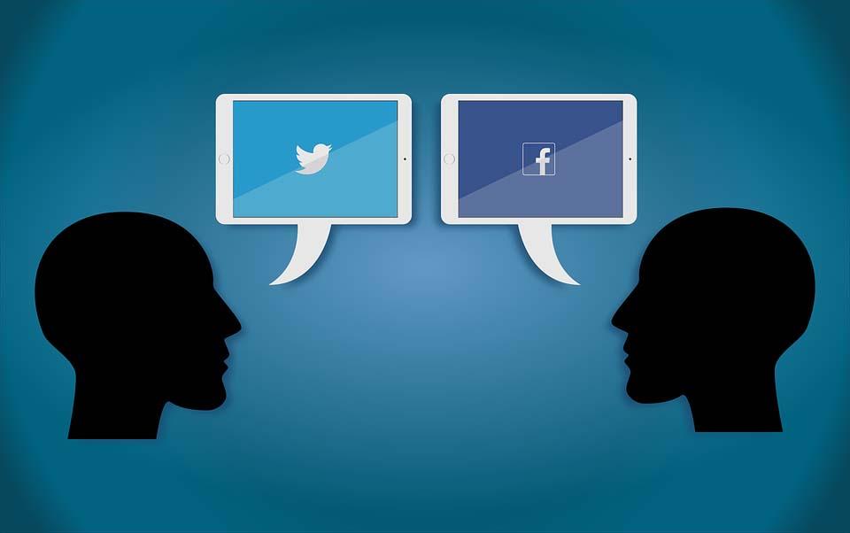 Les seuls médias qui comptent de nos jours – les « réseaux sociaux » et la TV, qui ont relégué au rang d'accessoires la radio et le cinéma – ont renouvelé le mode opératoire du bourrage de crâne…