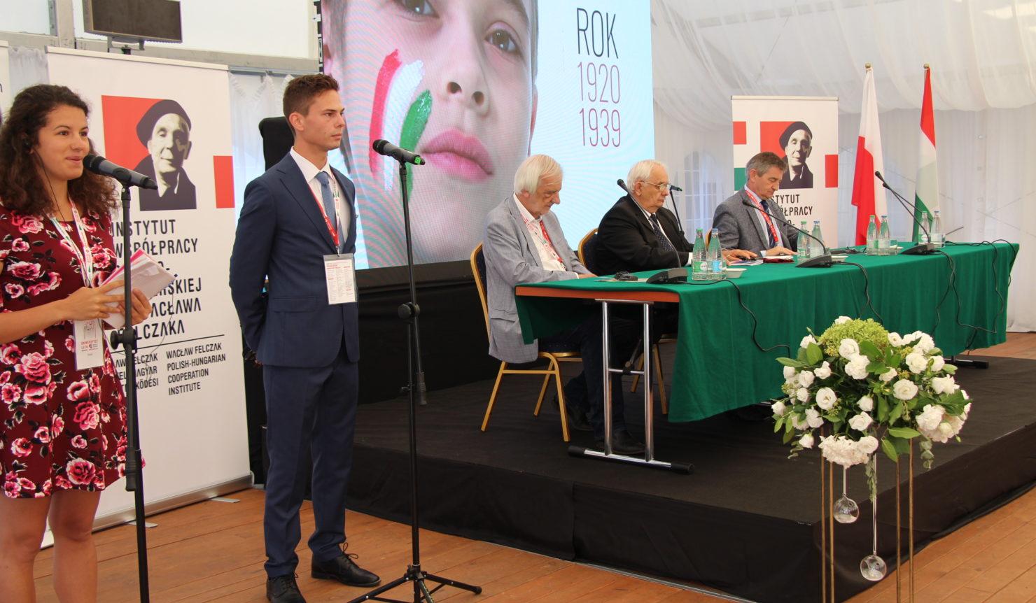 École des leaders polono-hongroise.