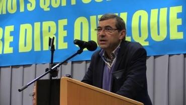 Francis Bergeron prenant la parole lors de la Journée de Synthèse nationale en novembre  2014.