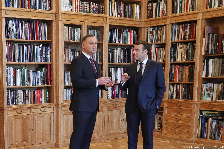 Andrzej Duda (g) et Emmanuel Macron (d) à Varsovie, le 3 février 2020. Photo : page Facebook officielle d'Andrzej Duda.