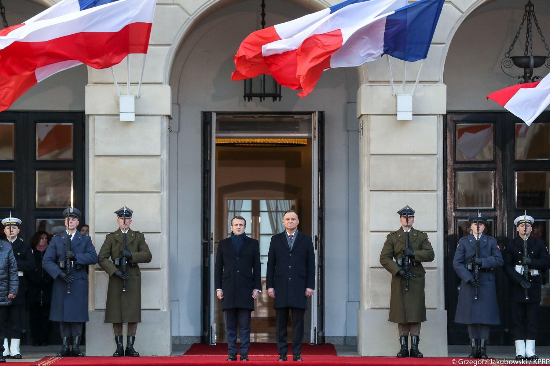 Le Président français Emmanuel Macron et le Président polonais Andrzej Duda à Varsovie, le 3 février 2020. Photo : page Facebook officielle d'Andrzej Duda.